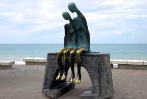 Puerto Vallarta Sculptures on the boardwalk - Nostalgia